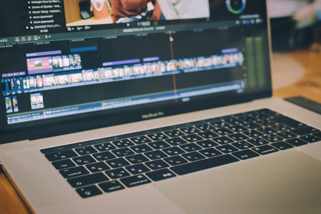 動画編集のやり方